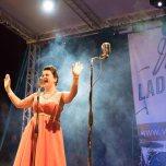 ladispoli vintage officina19 musica ballo rock n roll live piazza rossellini ines boom boom burlesque cabaret_DSC0378