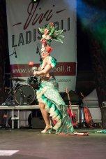 ladispoli vintage officina19 musica ballo rock n roll live piazza rossellini ines boom boom burlesque cabaret_DSC0881