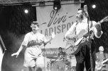 ladispoli vintage officina19 musica ballo rock n roll live piazza rossellini market retroladispoli vintage officina19 musica ballo rock n roll live piazza rossellini market retro mikely family band_DSC0624