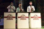 ladispoli vintage officina19 musica ballo rock n roll live piazza rossellini market retroladispoli vintage officina19 musica ballo rock n roll live piazza rossellini market retro mikely family band_DSC0574