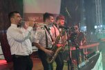 ladispoli vintage officina19 musica ballo rock n roll live piazza rossellini market retroladispoli vintage officina19 musica ballo rock n roll live piazza rossellini market retro mikely family band_DSC0498
