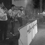 ladispoli vintage officina19 musica ballo rock n roll live piazza rossellini market retroladispoli vintage officina19 musica ballo rock n roll live piazza rossellini market retro mikely family band_DSC0492